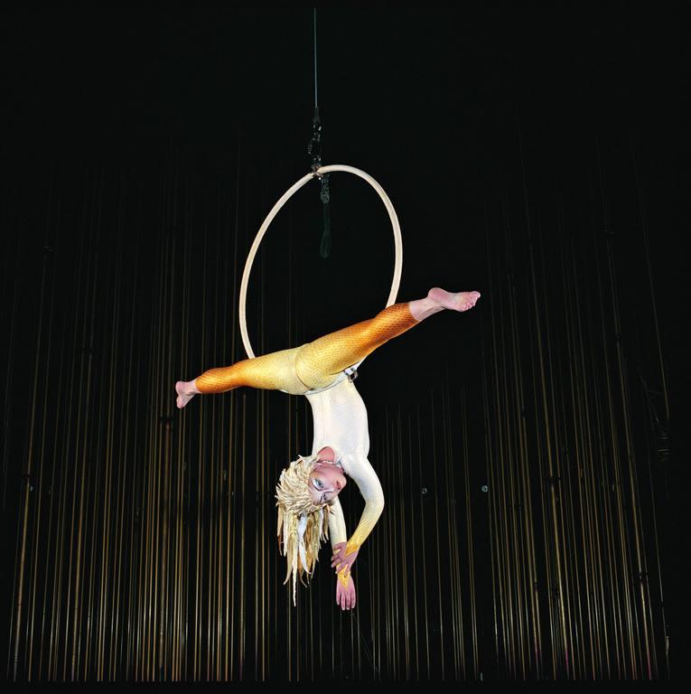 cds_vk_aerial-hoop_veronique-vial_42848-9