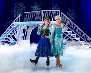 Anna and Elsa_low
