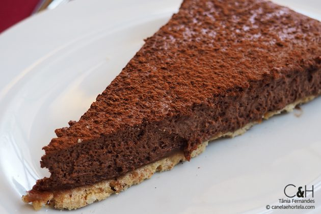 Tarte Dolma com chocolate e castanha